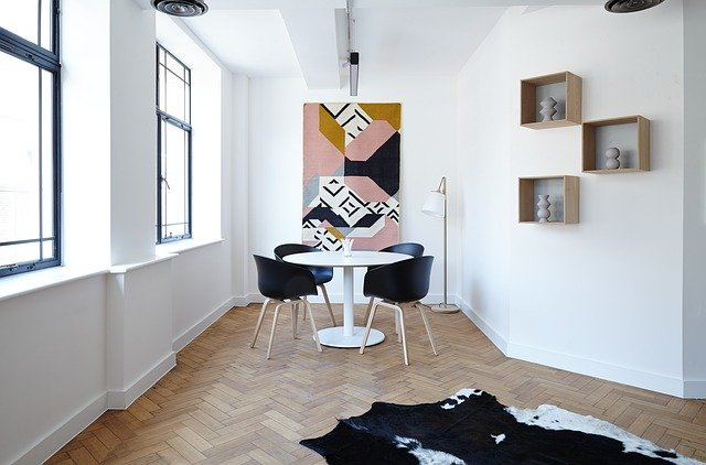 Do  Your Hardwood Floors Need a Facelift?